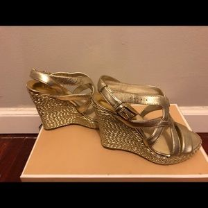 Michael Korda Gold Wedge Sandals Size 4 /12.
